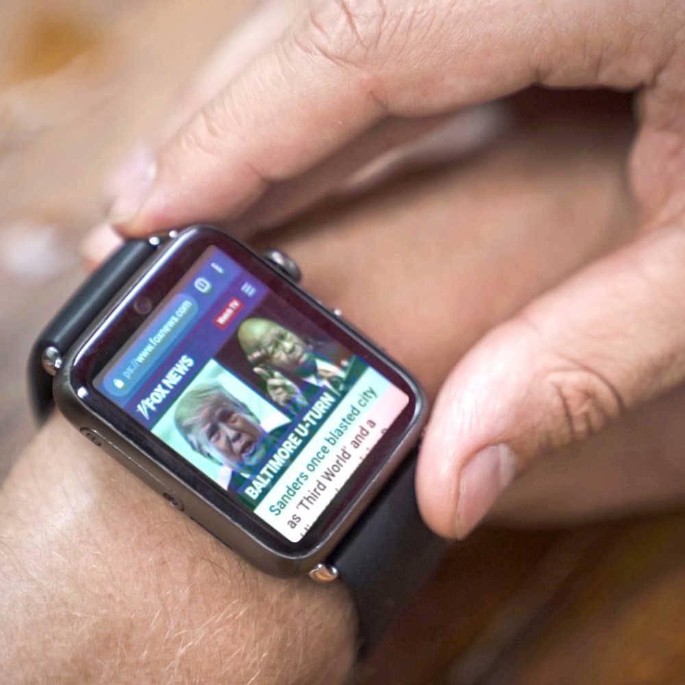 Reloj con teléfono móvil